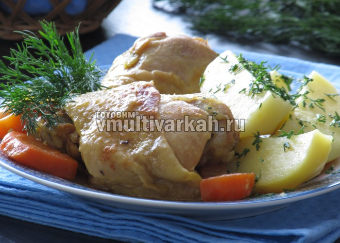 Тушеная курица в мультиварке с картошкой на пару