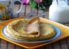 Готовые блины подавайте с вареньем, сметаной, медом или просто к молоку