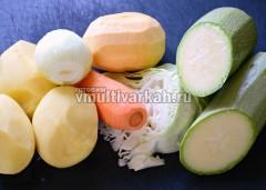 Помыть и очистить овощи