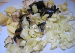 Овощи нарежьте