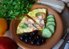 Подавать со свежими овощами, зеленью