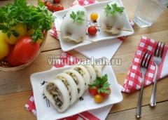 Подавайте со свежими овощами и зеленью