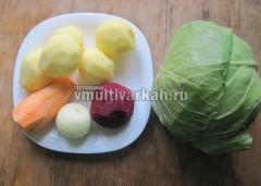 Очищаем и моем овощи