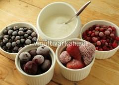Отмерьте необходимое количество ягод для компота