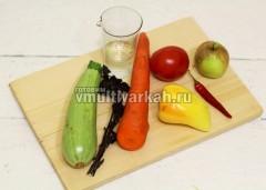 Подготовьте ингредиенты для аджики