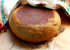 Готовый серый хлеб