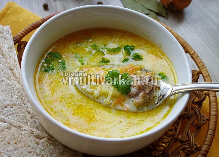 суп с рисом и курицей в мультиварке